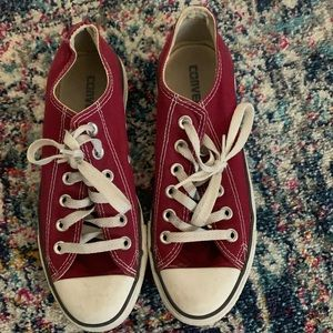 Maroon Low Too Converse